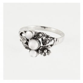 Decorative Ring Set With Mother of Pearl