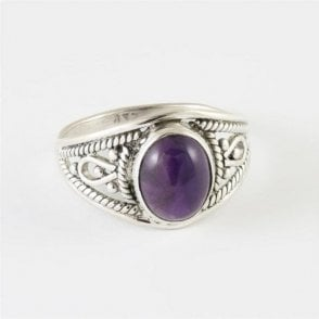 Ava Oval Amethyst Ring