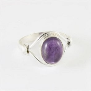 Esme Oval Amethyst Ring