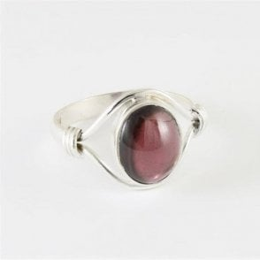 Esme Oval Garnet Ring