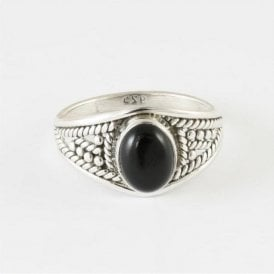 Zinna Oval Black Onyx Ring