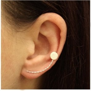 Twisted Circle Ear Climber